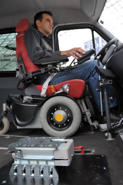 Silla de ruedas paravan ortopedia sillas de ruedas for Sillas para vehiculos